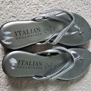 NWOT Italian Shoemakers Silver Flip-Flops